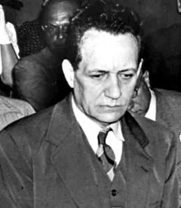 Tydens sy verhoor in 1941