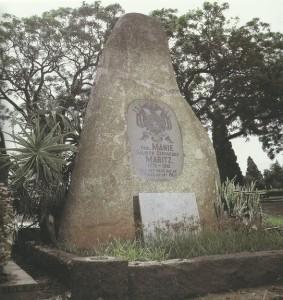 In Rebeccastraat-kerkhof
