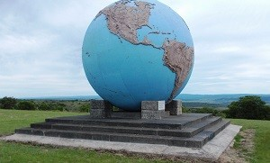 Karel Landman-monument klein