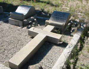 SJ du Toit se graf in die familiebegraafplaas op Kleinbos. Foto: Marthinus van Bart